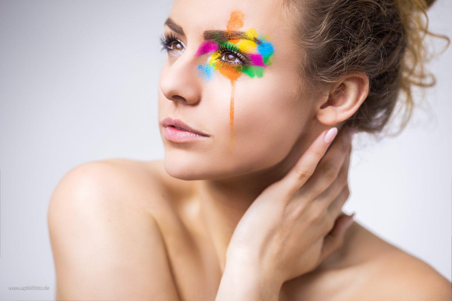 "Kreatives Portrait ""mit Farbe"""